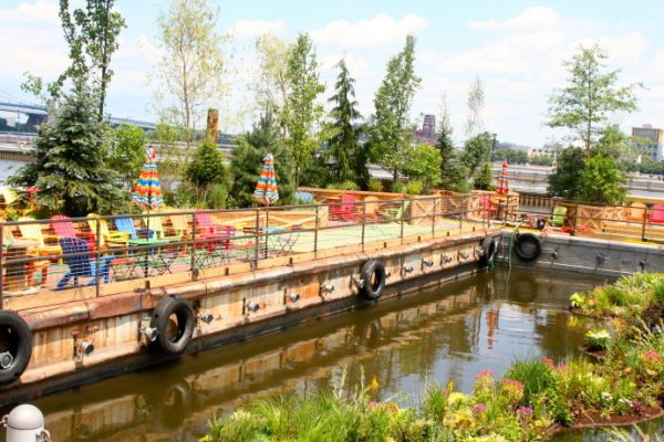 Pop up garden, restaurant and beer gardens will draw countless visitors to the floating barges on the Delaware. A big congratulations to David Fierbend of Groundswell for your part in this fabulous installation.