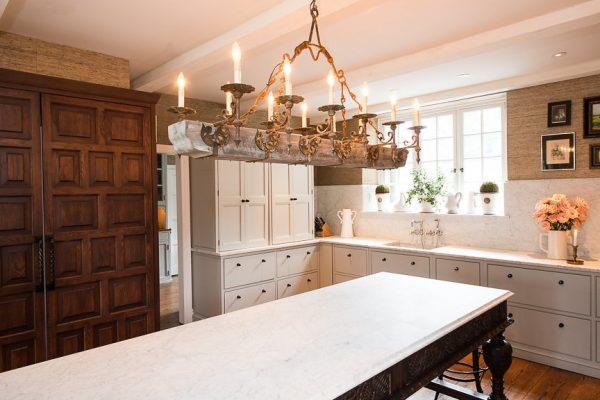Chestnut Hill, Philadelphia…Kitchen and Powder Room